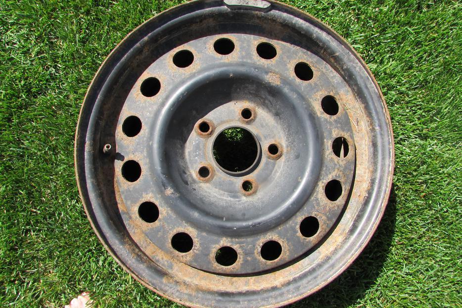 Four 4 16 Quot Steel Rims For Sale 4 Jantes En Acier De 16