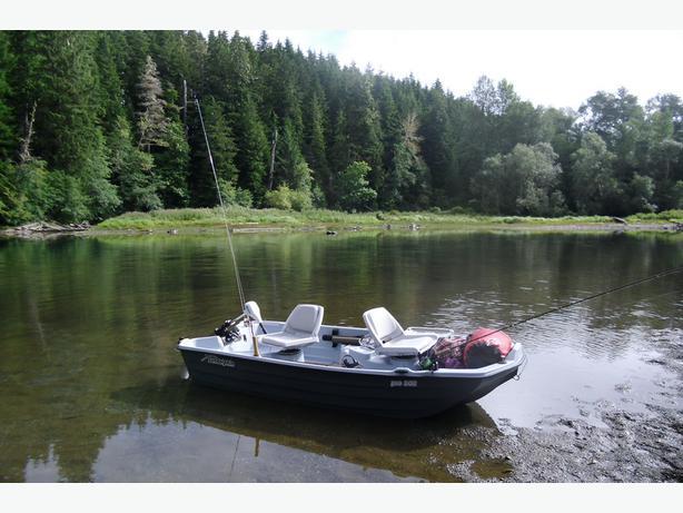 bass boat sun dolphin pro 10 2 feet sooke victoria