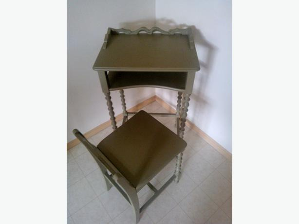 Antique Telephone Table with Chair - Antique Telephone Table With Chair Victoria City, Victoria
