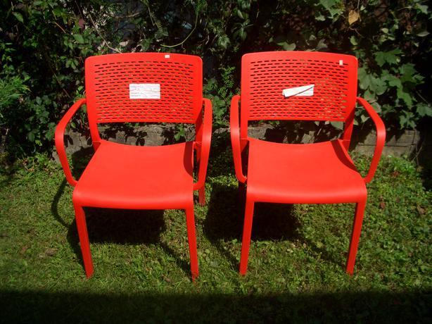 Set Of 2 New Resol Red Plastic Outdoor Chairs Central Ottawa Inside Greenbelt Ottawa