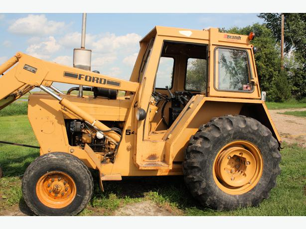 Used Tires Oshawa >> Ford 545 Industrial Tractor Rural Regina, Regina