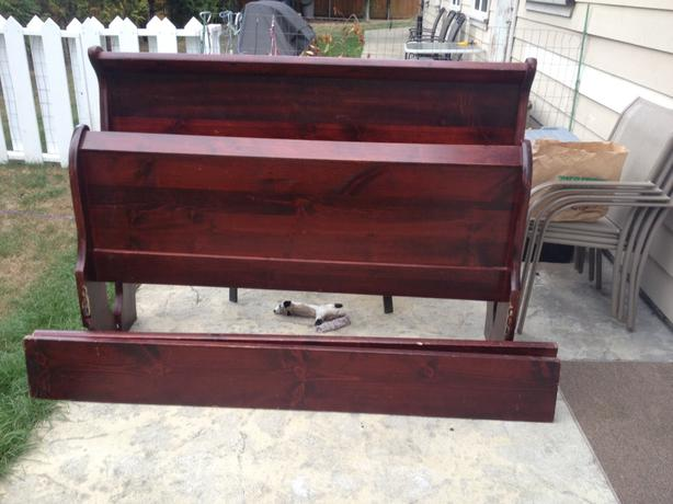Used Victoria Sleigh Bed