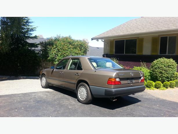 Mercedes benz 300e 1989 sunroof a c central nanaimo nanaimo for 1989 mercedes benz 300e