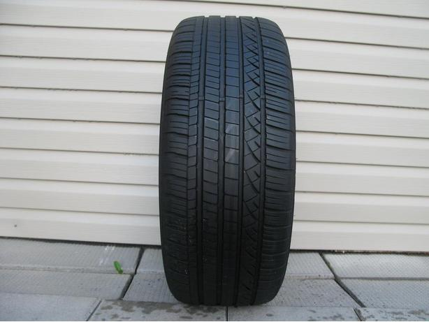 ONE (1) DUNLOP GRANDTREK TOURING A/S TIRE /235/45/20/ - $75