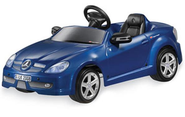 Mercedes benz child size pedal car saanich victoria for Mercedes benz pedal car