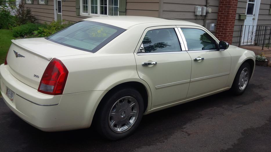 2006 Chrysler 300 Series Touring Sedan Charlottetown Pei