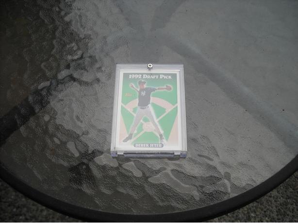 DEREK JETER ROOKIE CARD...93 TOPPS