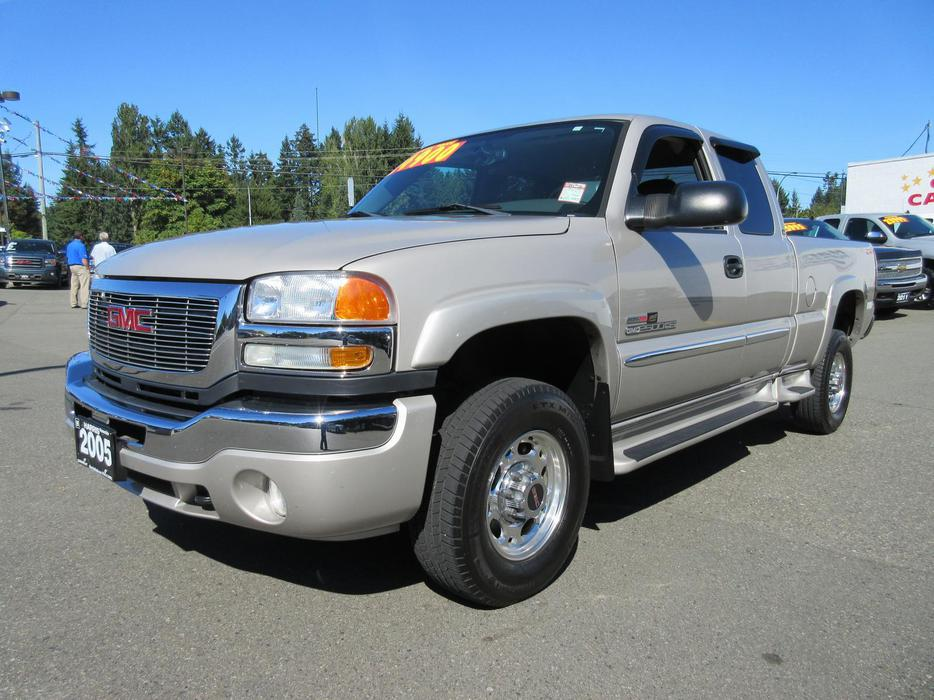 Used 2005 Gmc Sierra 2500 Hd Diesel 4x4 In Parksville