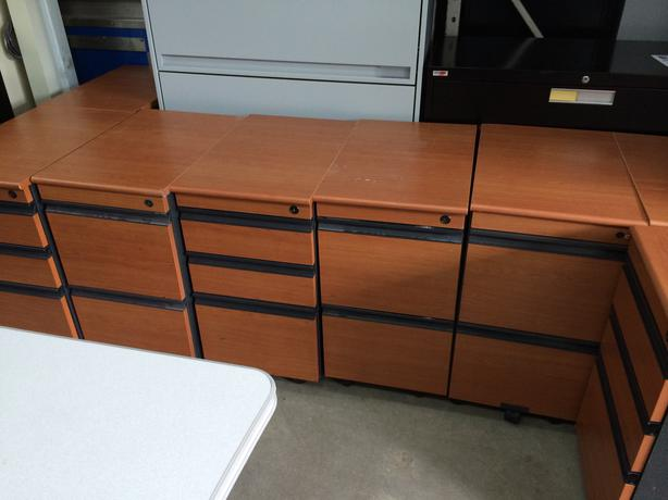 File Cabniet / Office Supply Drawers, Pedestal.