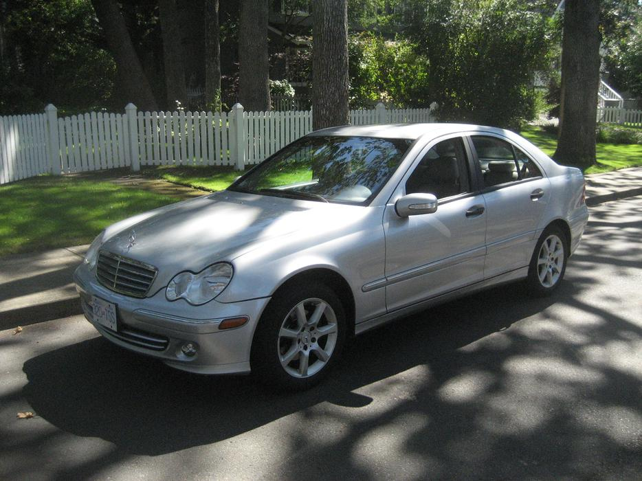 Mercedes benz c 230 kompressor oak bay victoria for Mercedes benz bay ridge