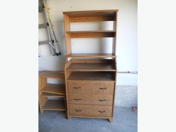 Ikea Fyndig Dunstabzugshaube ~ Ikea Diktad Change table Dresser with hutch North Regina, Regina