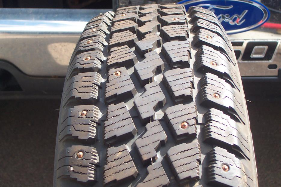 Used Tires Oshawa >> Four Tempra Winter Quest Studded Tires size P185x70Rx14 ...