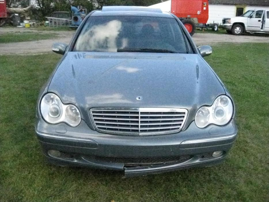 Parts only 2004 mercedes benz c 320 4 matic other south for Mercedes benz bay ridge