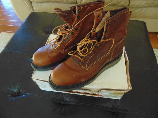 Red Wing Shoes Regina Hours