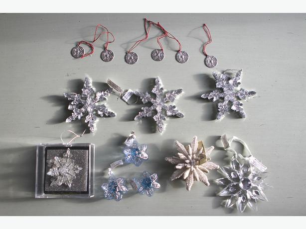 New glass metal snowflake ornaments central regina