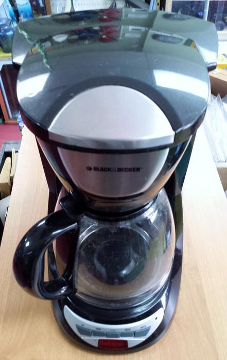 Black And Decker Coffee Maker Spring : Black & Decker 12 Cup coffee maker Victoria City, Victoria