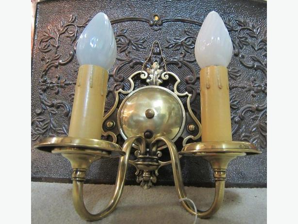 Vintage Solid Brass Wall Sconce West Shore: Langford,Colwood,Metchosin,Highlands, Victoria