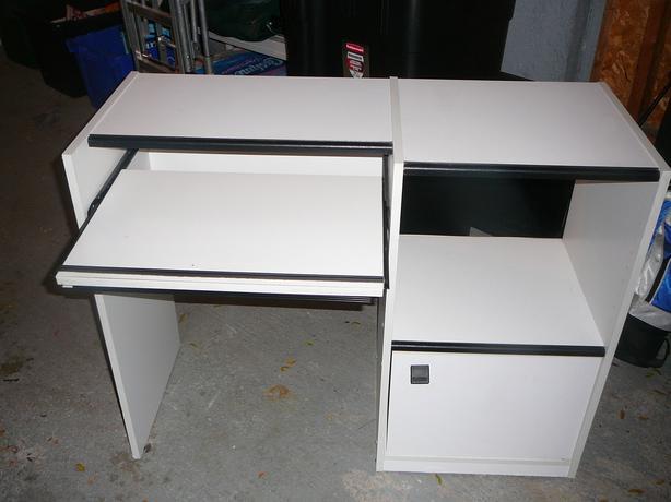computer desk for sale orleans ottawa. Black Bedroom Furniture Sets. Home Design Ideas