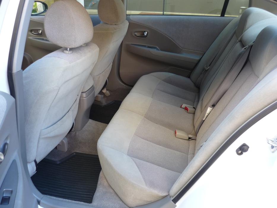 1 Owner 2003 Nissan Altima 2 5s With 140k Victoria City
