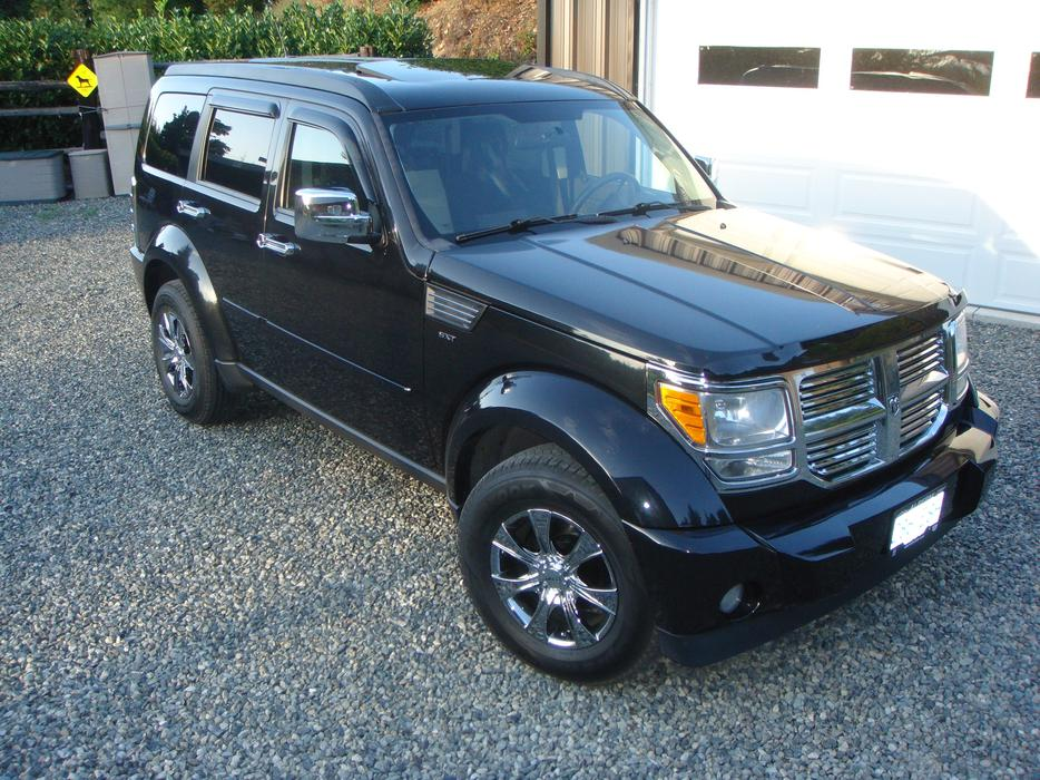 2008 dodge nitro sxt 4x4 outside comox valley campbell. Black Bedroom Furniture Sets. Home Design Ideas
