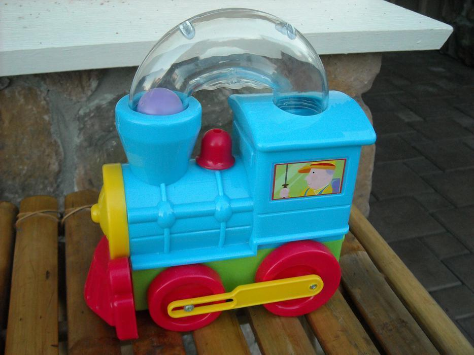 Fun Time Toys : Fun time toys train saanich victoria