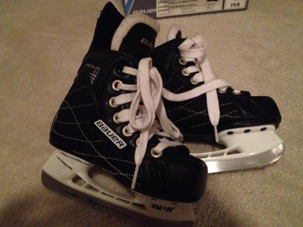 Bauer Nexus Hockey Skates, Children's Size Y9