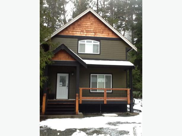 Beautiful Cottage For Sale Malahat Including Shawnigan
