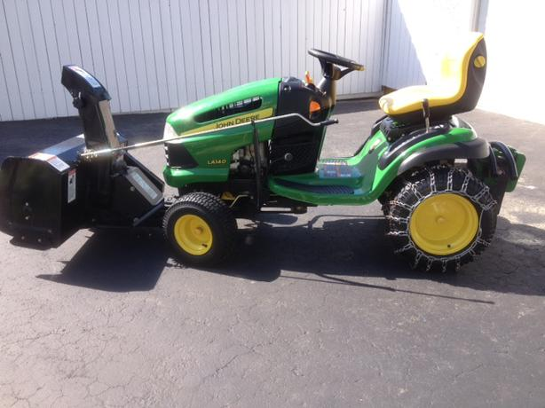 John Deere LA140 tractor with snowblower Rural Regina, Regina