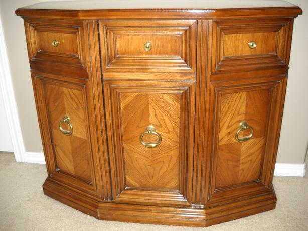Foyer Console Cabinet : Console hallway cabinet reduced north regina
