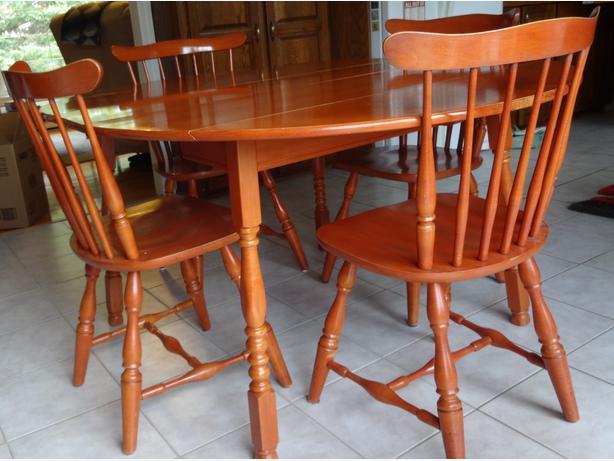 Vilas Solid Maple Dining Room Set Osgoode Ottawa Mobile