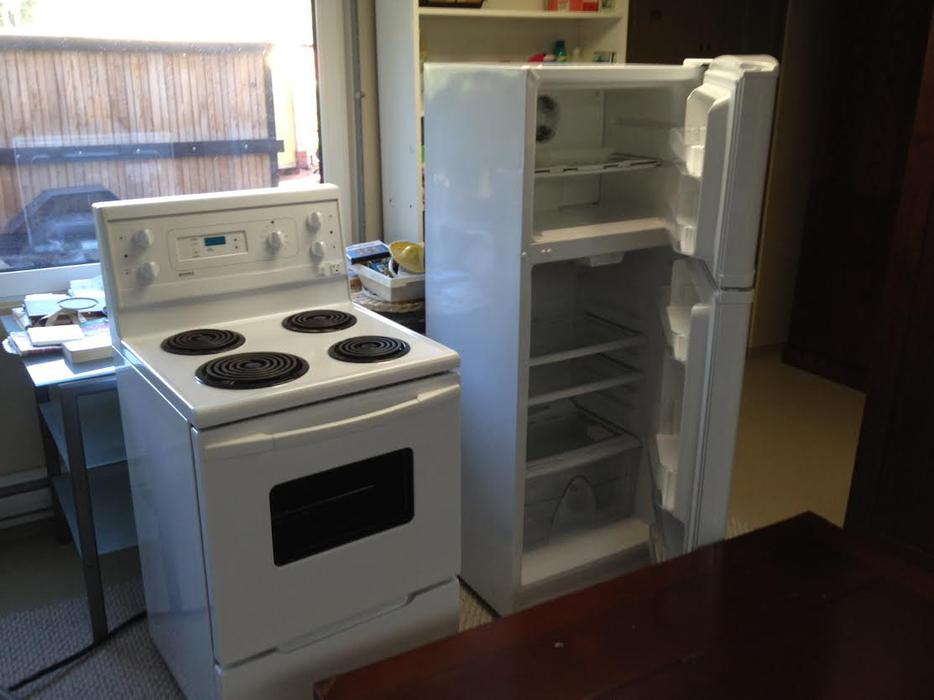 apartment size kenmore fridge and stove white qualicum
