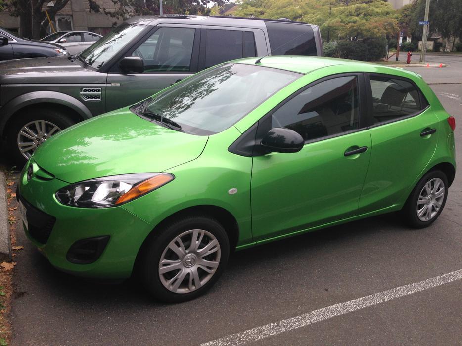 New Reduced Price 2013 Mazda2 Gx Sport 4dr Hatchback