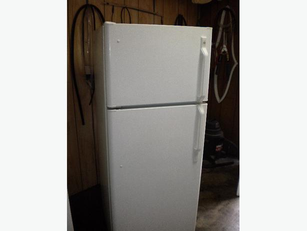 Immaculate Cu Ft White Ge Apartment Size Refrigerator Victoria
