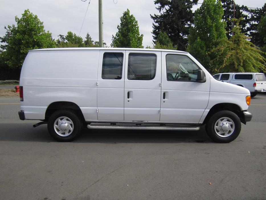 2007 ford e250 cargo van outside nanaimo nanaimo. Black Bedroom Furniture Sets. Home Design Ideas