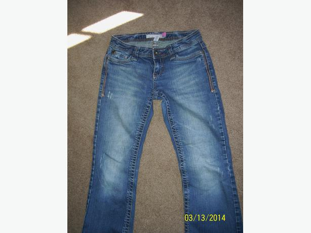 Teen's Ladies Aeropostale jeans size 00 excellent