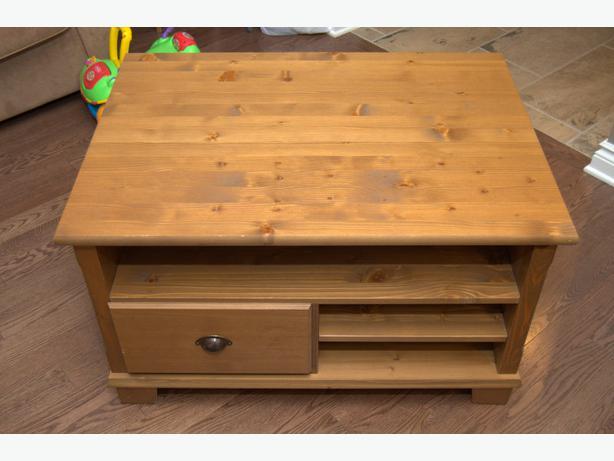 Ikea markor coffee table nepean ottawa for Coffee tables ottawa