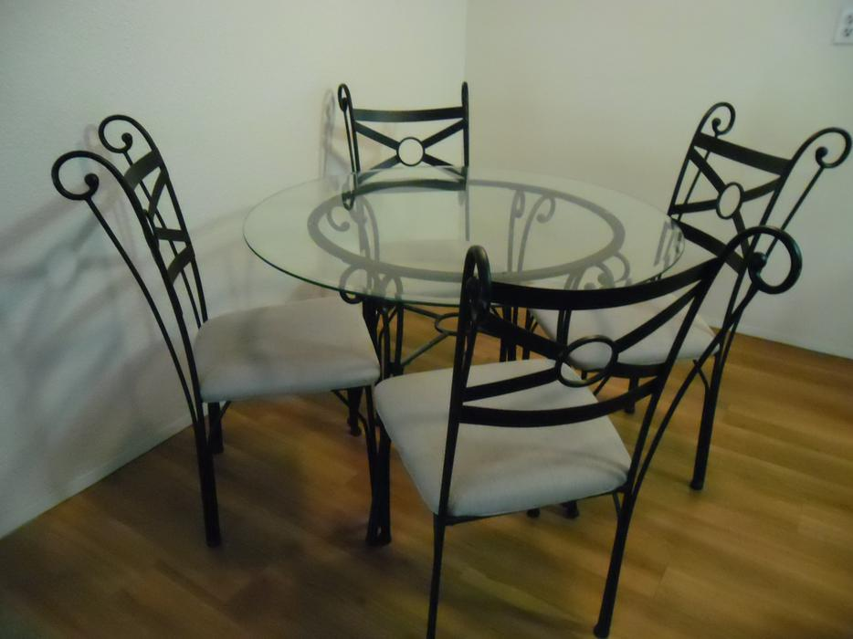 Dining table with 4 matching chairs Victoria City Victoria : 40958678934 from www.usedvictoria.com size 934 x 700 jpeg 53kB