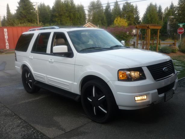 Blacked Out Ford Expedition >> Custom 2006 Ford Expedition Limited Rollin On 26s Outside Victoria, Victoria