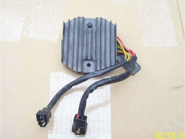 Triumph Daytona Speed Four Sprint Tiger regulator rectifier voltage regulator