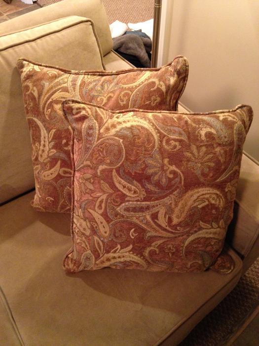 Decorative Pillows Saanich, Victoria
