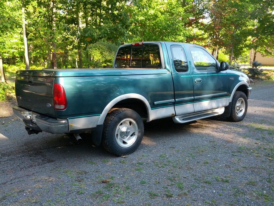 1997 ford f 150 lariat pickup truck sault ste marie sault ste marie mobile. Black Bedroom Furniture Sets. Home Design Ideas