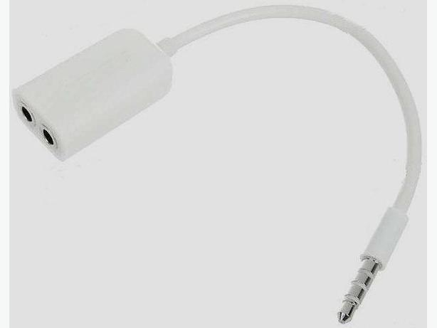 iPhone / iPod /Smart Phone Headphone/Microphone Splitter.