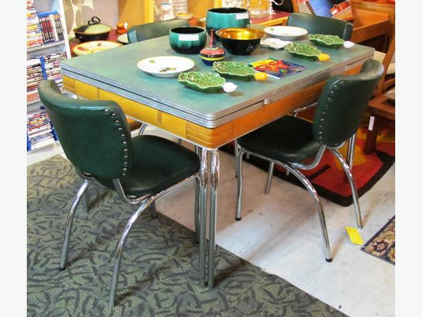 canadian made 1960 u0027s jade green arborite  u0026 chrome table and chairs     canadian made 1960 u0026 39 s jade green arborite  u0026amp  chrome table      rh   usedvictoria com