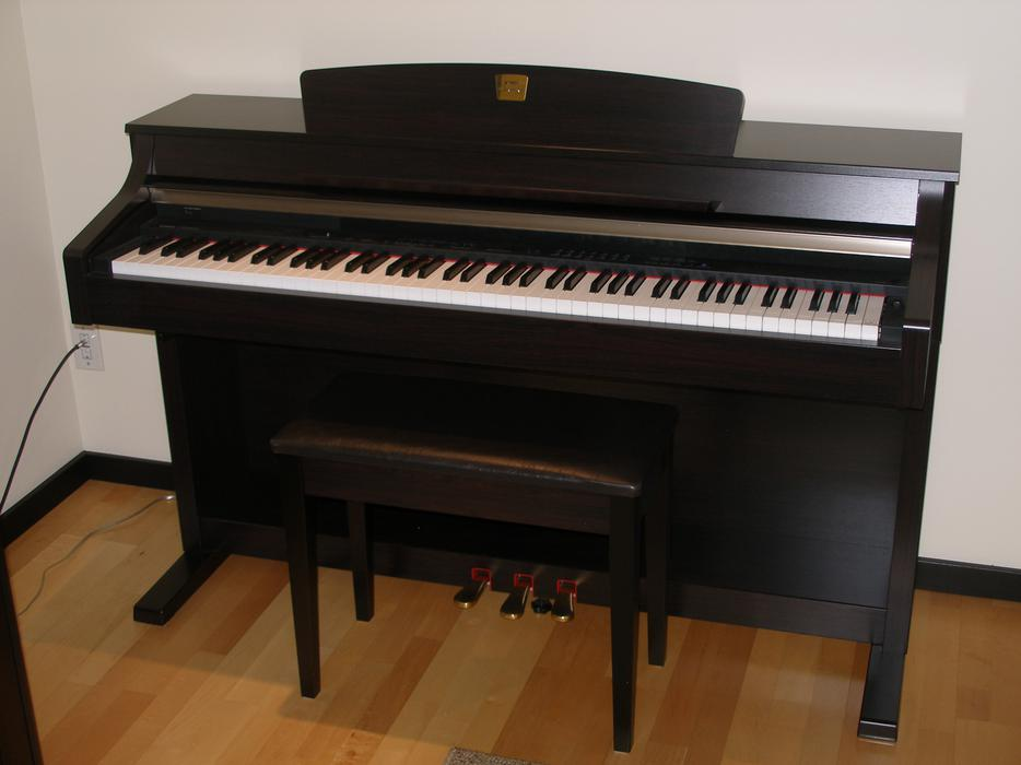 Yamaha clavinova clp 330 piano new price victoria city for Yamaha clavinova price list
