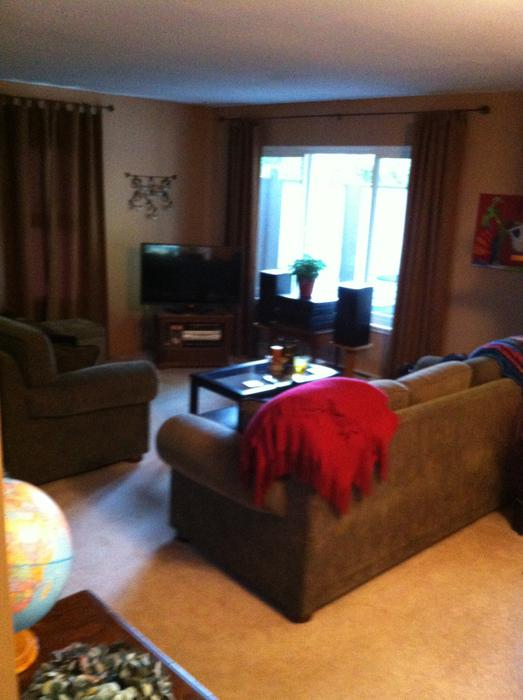 2 Bedroom Townhouse Available Saanich Victoria