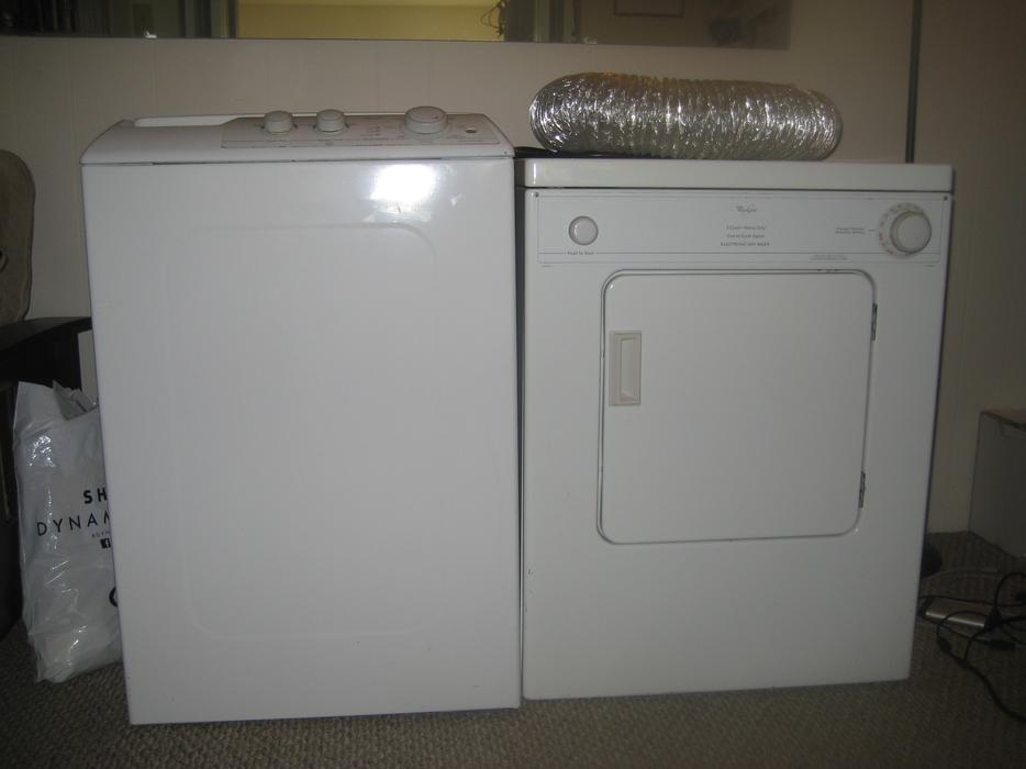 apartment washer and dryer 200 each or 300 for pair