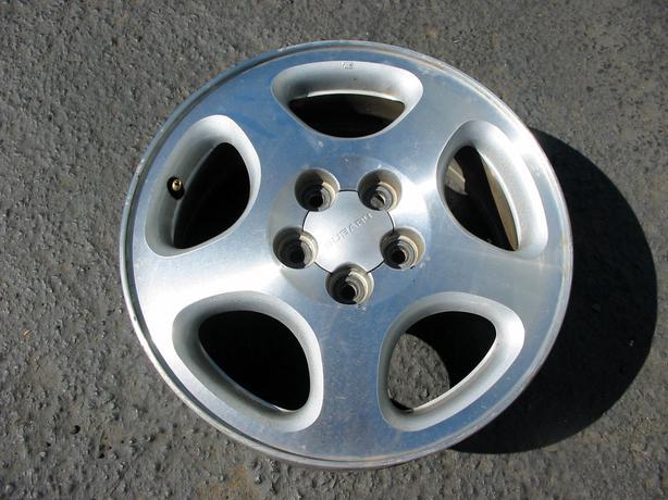 subaru wheels with nokian hakkapeliitta winter tires victoria city victoria. Black Bedroom Furniture Sets. Home Design Ideas