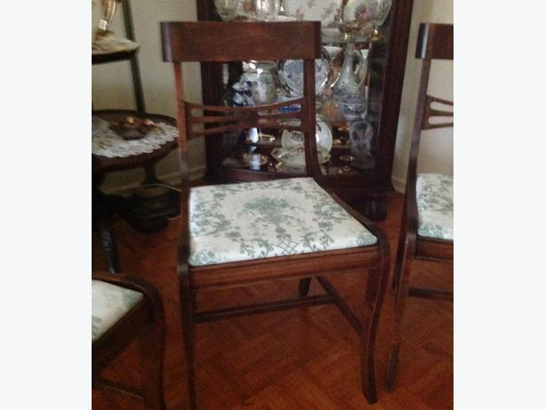 SET OF 4  QUEEN ANNE DUNCAN PHYFE STYLE DINNING CHAIRS + TABLE