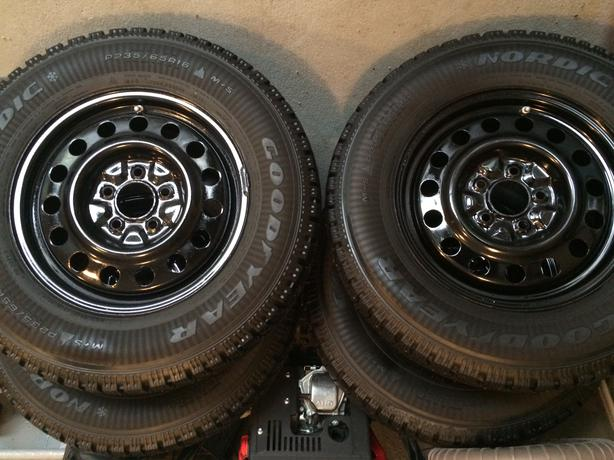 studded winter tires rims tire pressure sensors north regina regina. Black Bedroom Furniture Sets. Home Design Ideas
