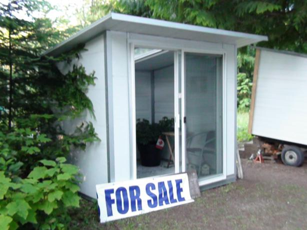 Portable modular metal garden office sunroom ladysmith for Modular sunrooms